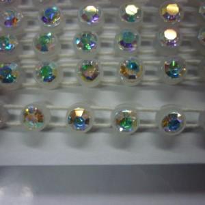 1 Row Plastic Stretch Banding Optima Crystal AB/ Alabaster Base